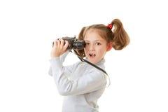 与双筒望远镜的孩子 库存照片