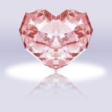 与反射的桃红色心形的金刚石 免版税库存照片