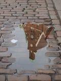 与反射的水坑 免版税库存图片