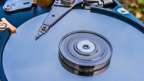 与反映的硬盘驱动器在它云彩定期流逝,云彩存贮的概念 股票录像