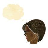 与变窄的眼睛的动画片女性面孔与想法泡影 库存照片