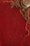 与古老金子的毛毡背景作为框架 免版税库存图片