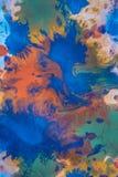 与另外颜色油漆条纹的下落是混杂和吸收 库存图片