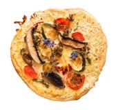 与可食的花的自创薄饼 免版税图库摄影