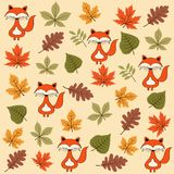 与叶子和狐狸的秋天无缝的样式 向量例证