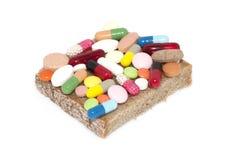 与各种各样的药物的三明治 免版税库存照片