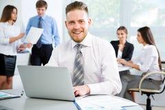 与同事的生意人 免版税库存照片