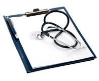 与听诊器的空的医疗文件 免版税库存图片