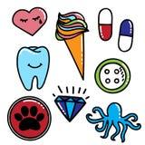 与啼声心脏,冰淇凌,药片,牙的五颜六色的补丁收藏 免版税库存照片
