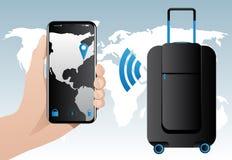 与固定GPS跟踪的聪明的行李 免版税图库摄影