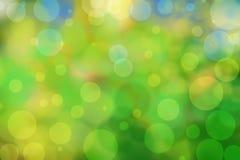 与圈子的绿色bokeh背景 夏天抽象题材 库存例证