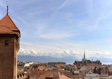 与圣徒弗朗索瓦教会,洛桑, Switzer的洛桑都市风景 库存照片