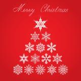 与圣诞树的圣诞卡从雪花和在红色背景的手字法 eps10开花橙色模式缝制的rac ric缝的镶边修整向量墙纸黄色 库存例证