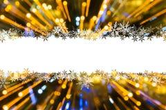 与圣诞灯的背景在bokeh 免版税库存图片