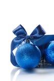 与圣诞节球的圣诞卡 免版税库存图片