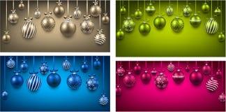 与圣诞节球的弧五颜六色的背景 库存照片