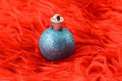 与圣诞节球的背景,关闭 免版税库存照片
