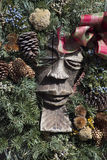 与圣诞节花圈的被雕刻的图 库存图片