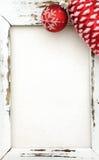 与圣诞节装饰的木框架 免版税库存照片