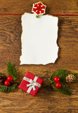 与圣诞节装饰的空白附注 免版税库存照片