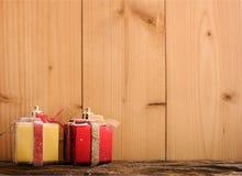 与圣诞节装饰的背景 免版税库存照片
