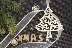 与圣诞节装饰的Xmas姜饼 免版税图库摄影