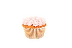 与在白色隔绝的黄油奶油的生日杯形蛋糕 免版税库存照片