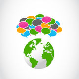 与地球符号的抽象五颜六色的演讲泡影 库存图片