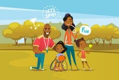 与坐在轮椅和拿着篮球球的残疾女孩的愉快的非裔美国人的家庭 父母的概念 库存例证