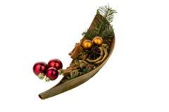 与坚果壳的圣诞节装饰 免版税库存图片