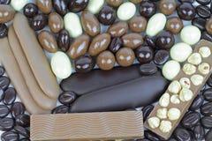 与坚果的可口巧克力混合 免版税库存图片