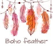 与垂悬的手拉的羽毛的卡片与boho样式 皇族释放例证