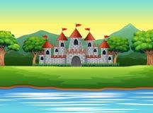 与城堡和池塘的自然场面 皇族释放例证