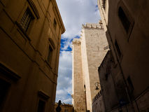 与塔都市风景的卡利亚里castello在撒丁岛 免版税图库摄影