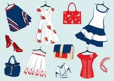 夏天妇女的衣物 免版税库存图片