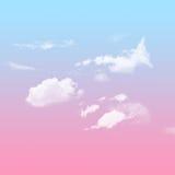 与多云的蓝色和桃红色天空 库存照片