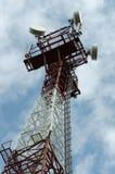 与多孔的天线的塔 免版税库存照片