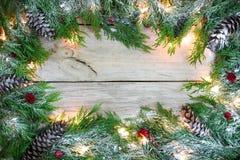 与多雪的诗歌选边界的空白的假日标志 免版税库存图片