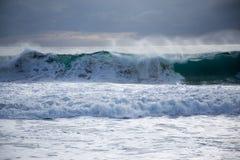 与大波浪的海风暴 免版税库存图片