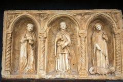 与天使迈克尔和圣洁抹大拉的马利亚和马尔特的Paliotto在Castelvecchio博物馆 维罗纳, 免版税库存照片