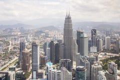 与天然碱双塔的市中心,吉隆坡地平线 库存图片
