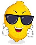 与太阳镜的凉快的柠檬字符 免版税库存图片