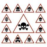 与头骨的危险象在三角 库存例证