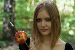与女孩的Appleshot 库存照片