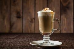 与奶油的咖啡鸡尾酒 免版税库存照片