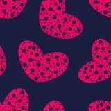 与孔无缝的样式的桃红色心脏 免版税库存照片