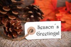 与季节问候的秋天标签 库存照片
