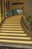 与安全光的楼梯 免版税库存照片