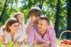 与家庭的周末 免版税库存图片