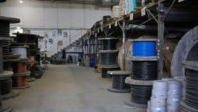 与导线的海湾在仓库里 缆绳工厂 股票录像